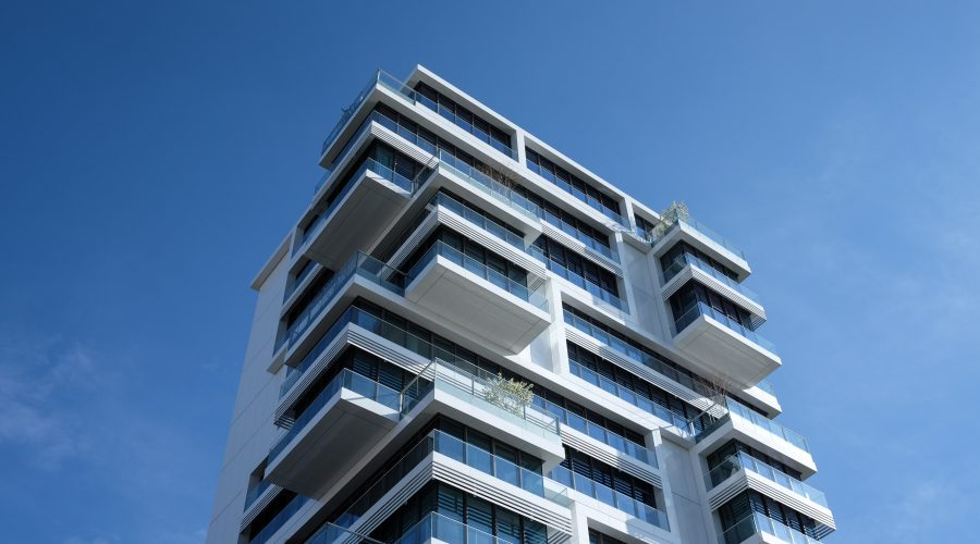 How does joint venture work in real estate